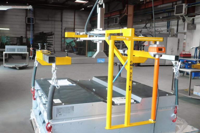Movomech tillhandahåller ZE Solution elektrisk lyftmanipulator