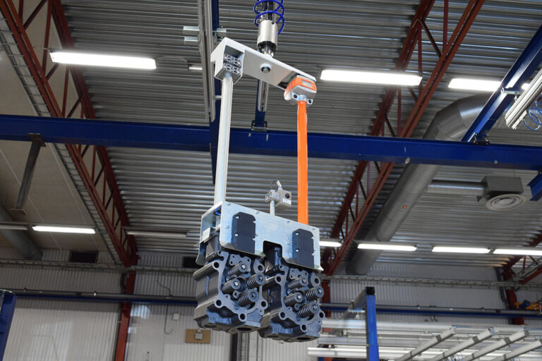 Movomech lifting solution with Sapelem